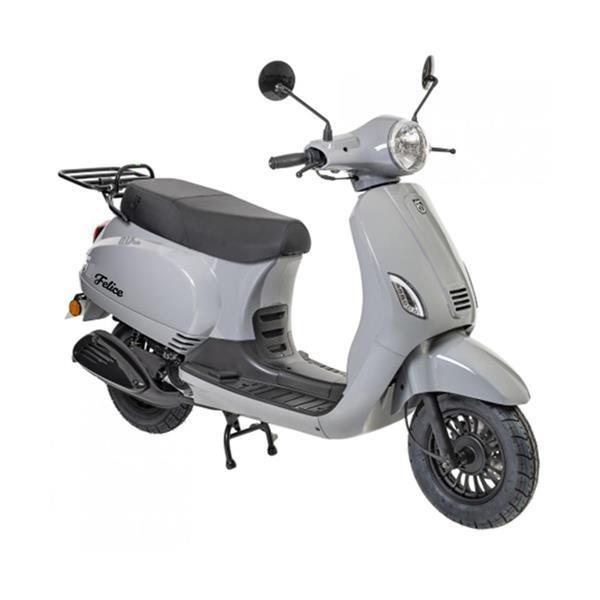 Grote foto btc riva e5 nardo grijs bij central scooters kopen 1598 fietsen en brommers scooters