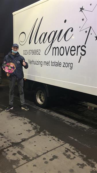 Grote foto magic movers ook voor al uw kleine transporten diensten en vakmensen verhuizers en opslag