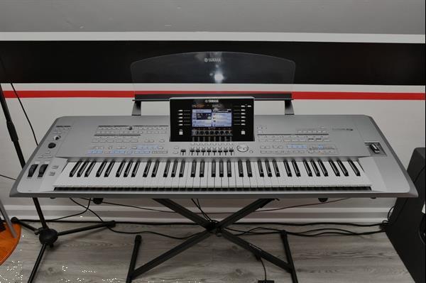 Grote foto yamaha genos 76keys yamaha tyros 5 76 keys muziek en instrumenten keyboards