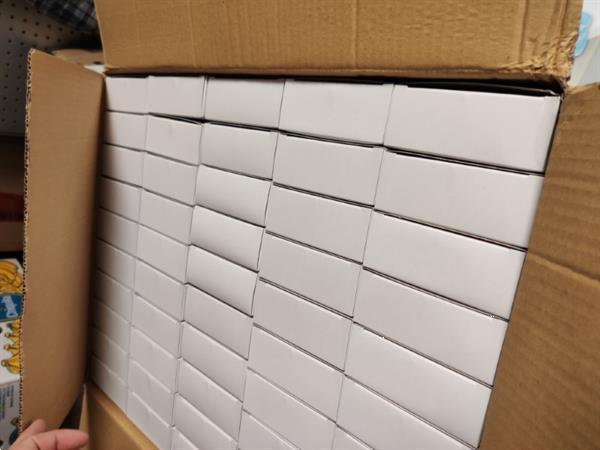 Grote foto doos met 50 stuks mini dartspel beslissingmaken of memohoud diversen overige diversen