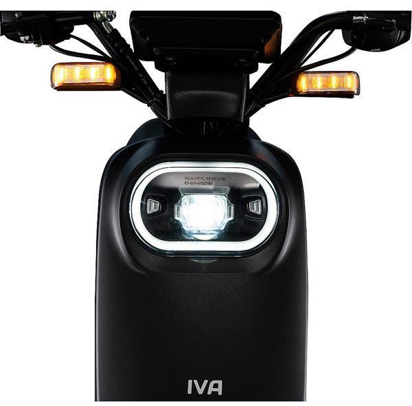 Grote foto iva e go s2 zilver bij central scooters kopen 1299 00 of fietsen en brommers scooters