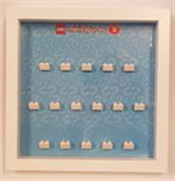 Grote foto lego display cmf serie 5 kinderen en baby duplo en lego