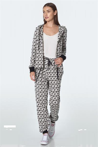 Grote foto women trousers model 148104 nife kleding dames broeken en pantalons