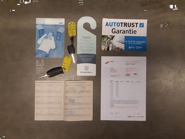 Grote foto ford focus wagon 1.6 comfort airco cruise trhaak auto ford