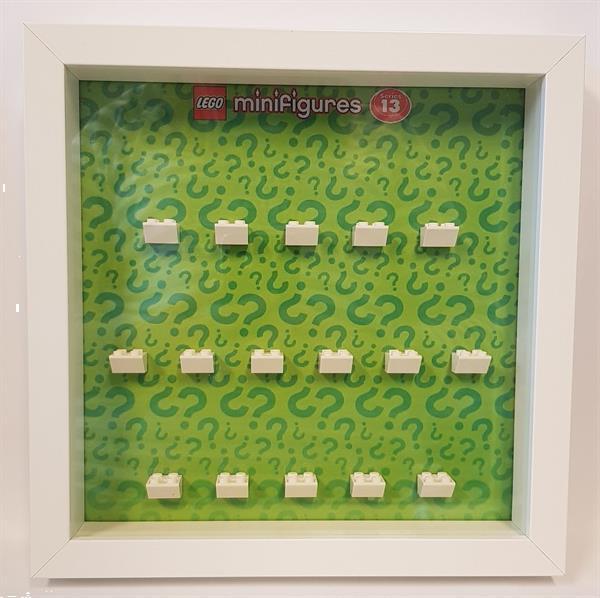 Grote foto lego display cmf serie 13 kinderen en baby duplo en lego