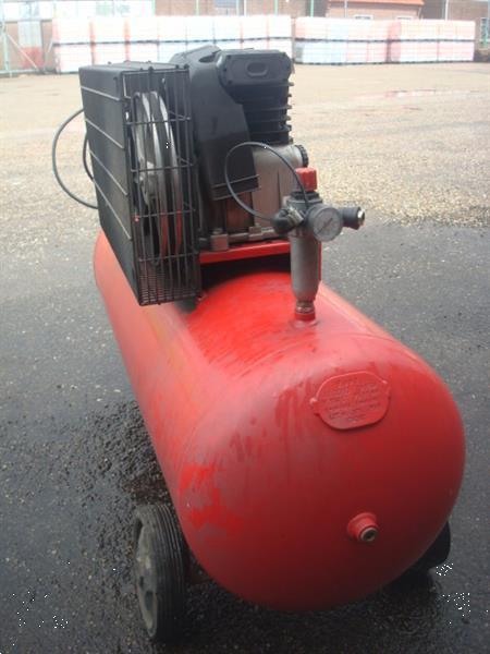 Grote foto compressor roda150 liter tank 11 bar 220 volt auto diversen gereedschap
