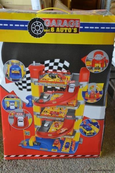 Grote foto online veiling parkeergarage incl. 6 auto kinderen en baby speelgoed voor jongens