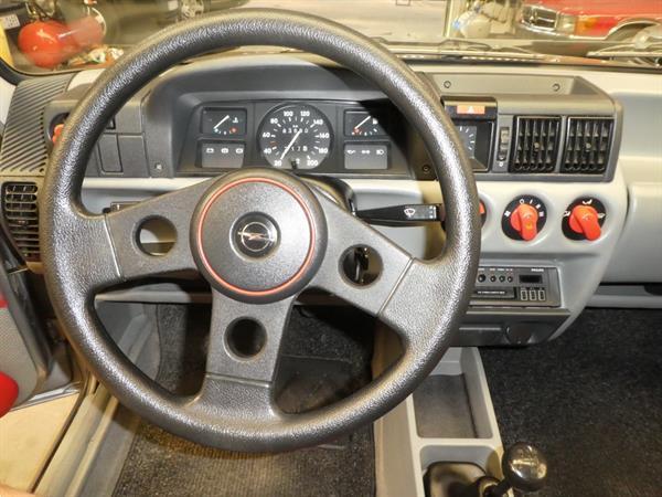 Grote foto opel corsa oldtimer auto opel