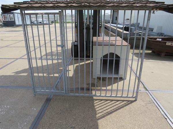 Grote foto hondenhok ge soleerd dieren en toebehoren hondenhokken en kooien