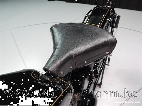 Grote foto suecia 350 30 motoren oldtimers