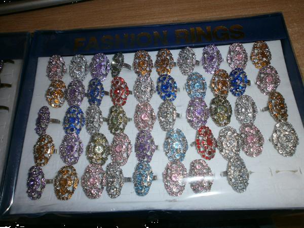 Grote foto partij 1000 rings te koop sieraden tassen en uiterlijk ringen voor haar