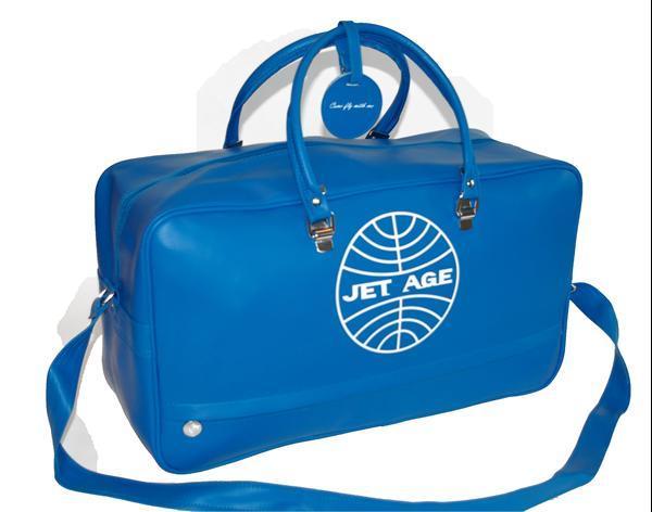 Grote foto sporttas voor een vliegtuig liefhebber. sieraden tassen en uiterlijk reistassen