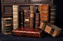 Grote foto bijbels en ander lectuur gevraagd met gods naam boeken geschiedenis wereld