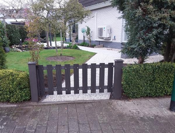 Grote foto massief composiet tuinhek 60 cm hoog tuin en terras hekken en schuttingen