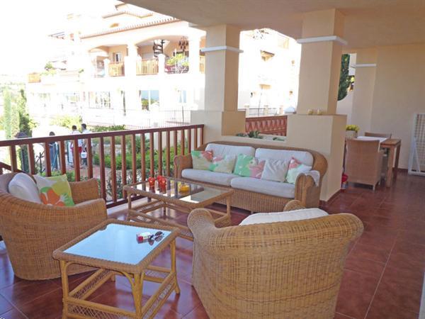 Grote foto puerto banus luxe appartement aan zwembad vakantie spanje