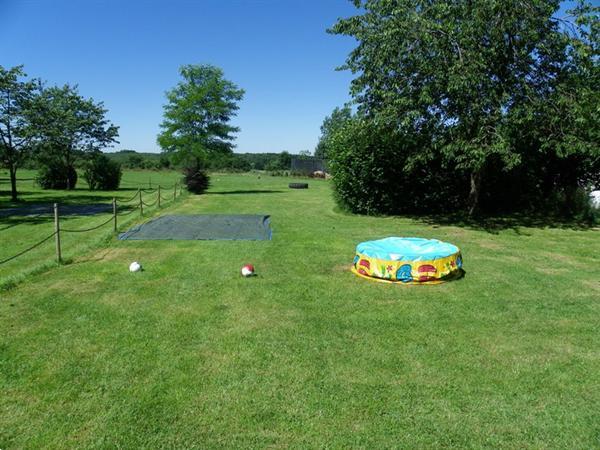 Grote foto accommodatie met outdoormogelijkheid voor 44 p vakantie belgi