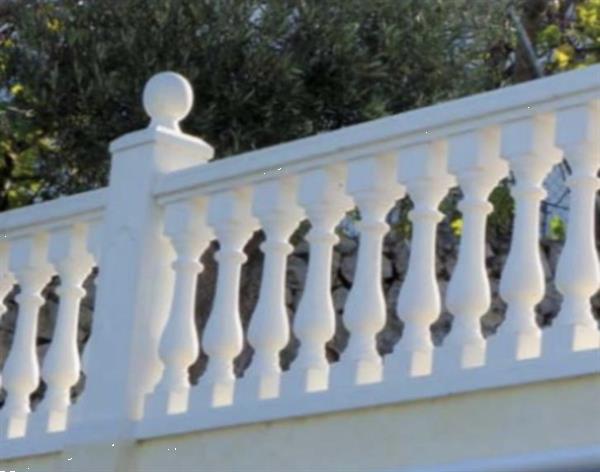 Grote foto stenen hekwerk stenen balustrades tuin en terras hekken en schuttingen